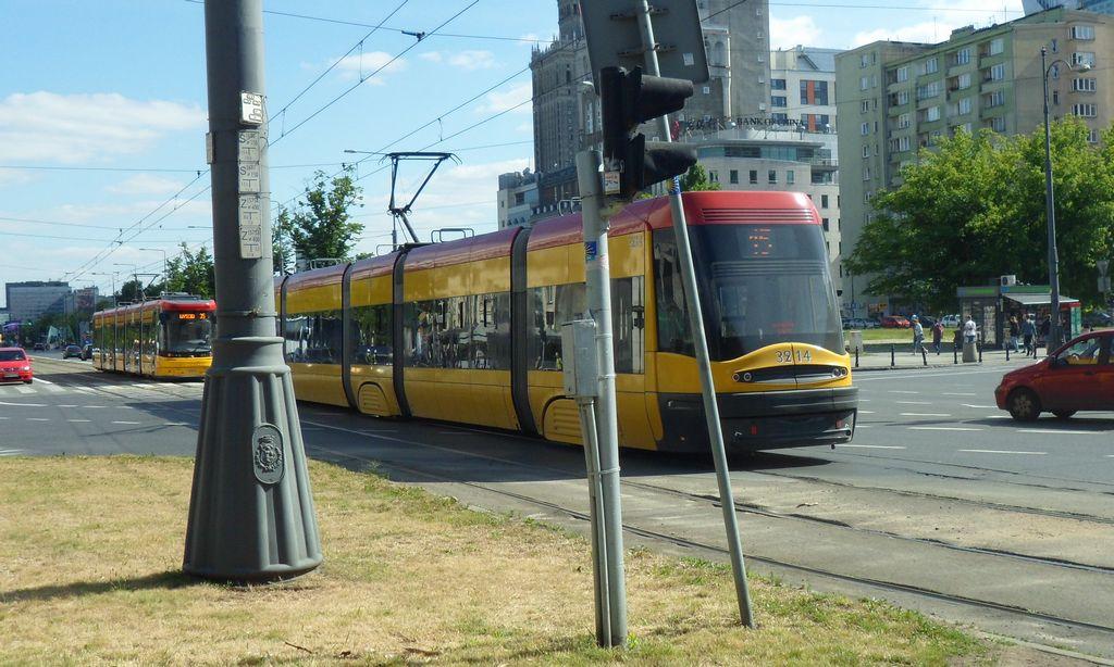Трамвай в Варшаве