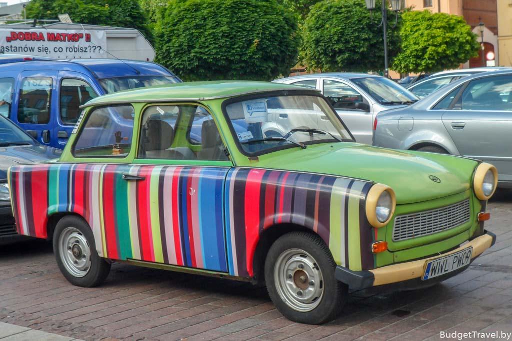 Ретро-автомобиль в Варшаве