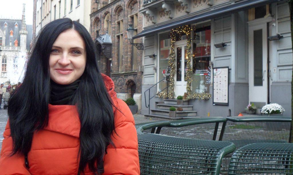 Скамеечка недалеко от Рыночной площади Брюгге