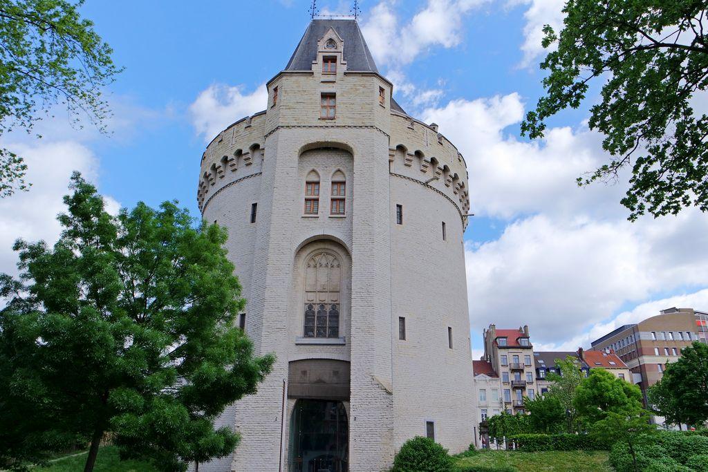 Халльские ворота - Hallepoort