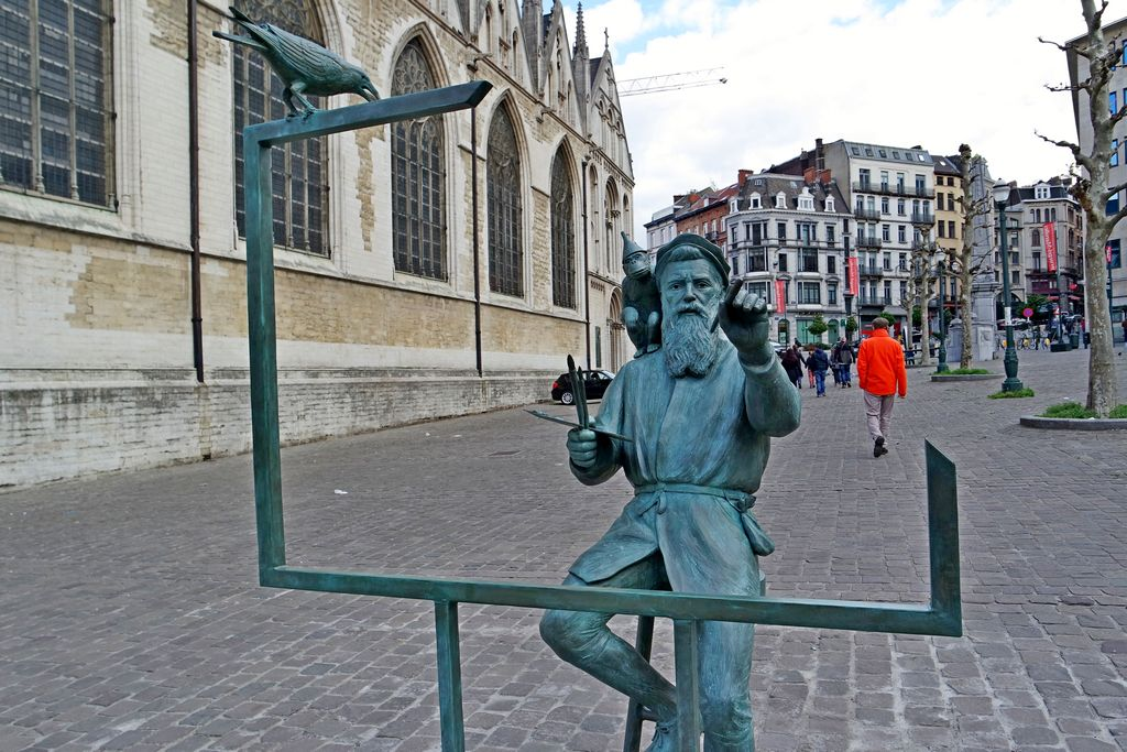 Скульптура художника Питера Брейгеля Старшего