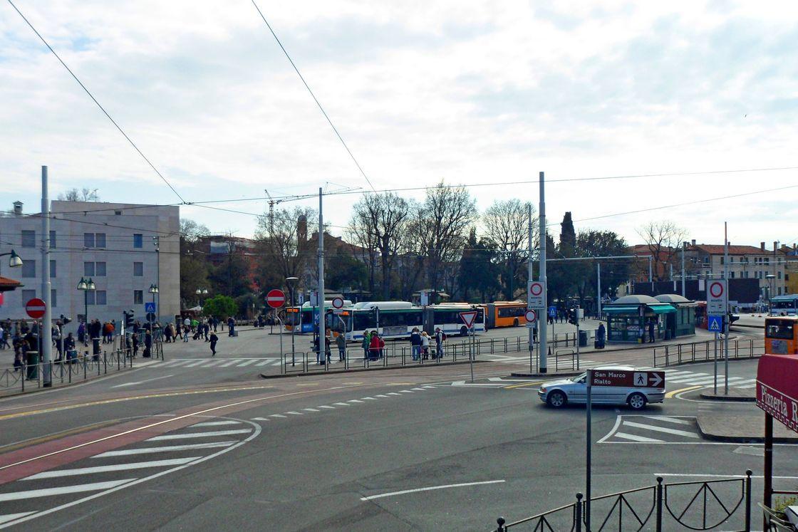 Площадь Piazzale Roma